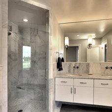 Modern Bathroom by GTM Architects
