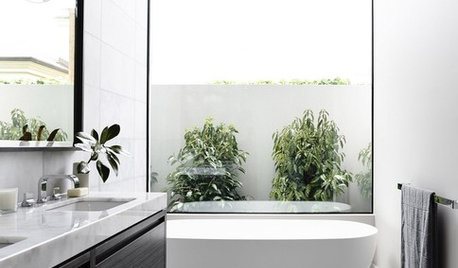 Best of the Week: 30 Small But Spectacular Bathrooms