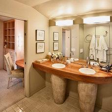 Contemporary Bathroom by Studio Schicketanz
