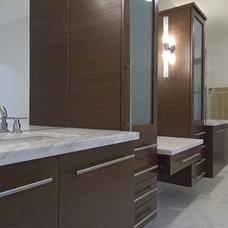 Contemporary Bathroom by kbcdevelopments