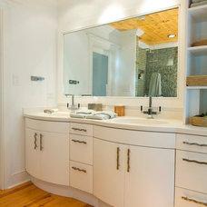 Beach Style Bathroom by Pine Street Carpenters & The Kitchen Studio