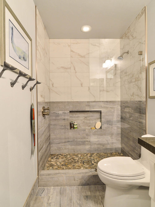 Affordable beach style bathroom design ideas renovations for Bath remodel gurnee