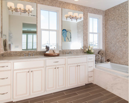 Best Beach Style Bathroom with White Cabinets Design Ideas – Beach Style Bathroom