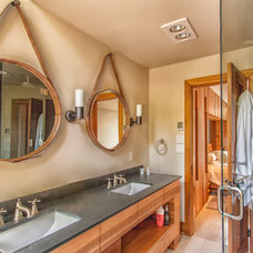 Rustic Bathroom by Ed Leimgardt Contracting Inc.