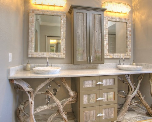 driftwood furniture houzz 11536 | 1821303600ab7ce3 1046 w500 h400 b0 p0 tropical bathroom