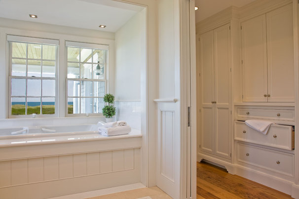 Traditional Bathroom by Dalia Kitchen Design