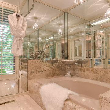 Beautiful Mid-century Modern Estate Home on Breathtaking 3.1 Acres