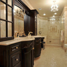 Traditional Bathroom by Elle Baker Interiors
