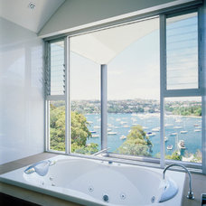 Contemporary Bathroom by Sandberg Schoffel Architects