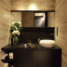 Modern Bathroom by Horst Architects