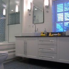 Traditional Bathroom by Becker Architects Limited