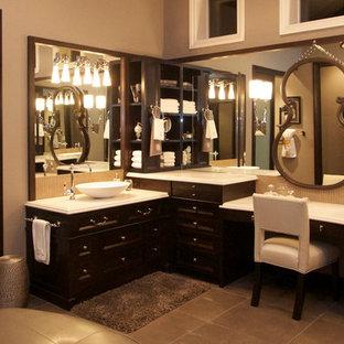 Design ideas for a traditional bathroom in San Diego.