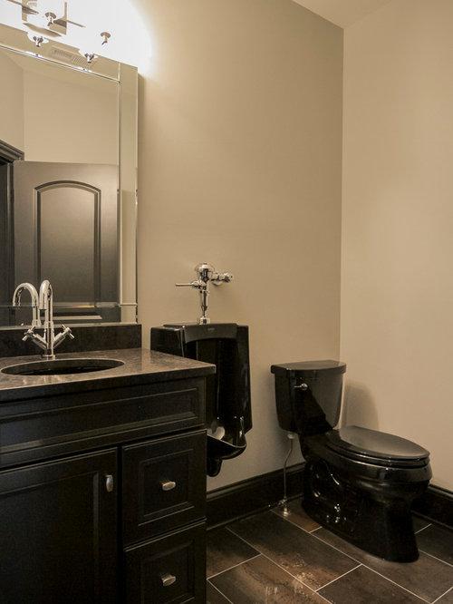 kleine badezimmer mit urinal design ideen beispiele f r. Black Bedroom Furniture Sets. Home Design Ideas