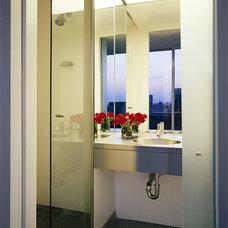 Modern Bathroom by Belmont Freeman Architects