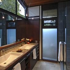 Modern Bathroom by Ben Trogdon Architects