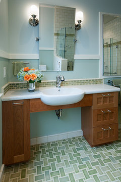 Berkeley Traditional Universal Design Bathroom Traditional
