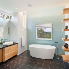contemporary bathroom by Vanni Archive/Architectural Photography