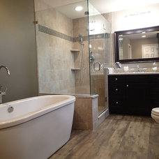 Transitional Bathroom by Tinkermen's Construction, Inc.