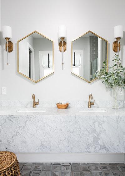 Clásico renovado Cuarto de baño by Leslie Cotter Interiors