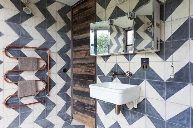 Rustic Bathroom by Chris Snook