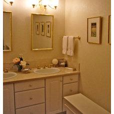 Traditional Bathroom BERYN HAMMIL DESIGNS