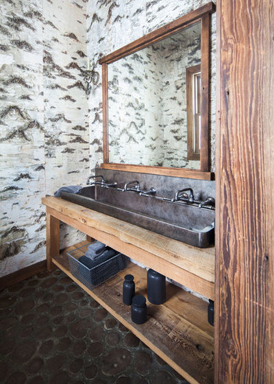 Rustic Bathroom by Granoff Architects