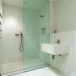 Design ideas for a modern bathroom in London.