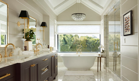 Before and After: 6 Dream Bathrooms That Free the Tub