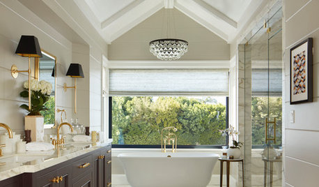 What to Know About Bathroom Chandeliers