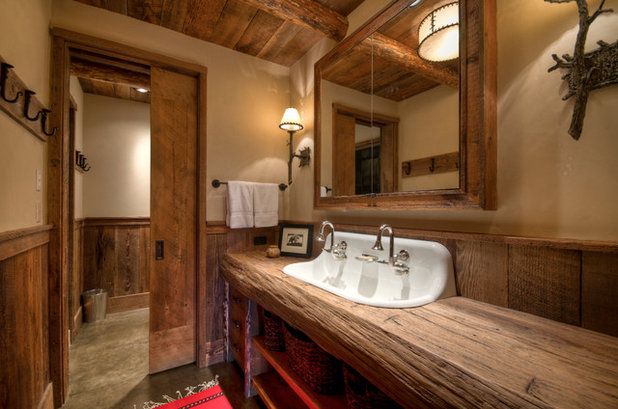 Rustic Bathroom by Laura Fedro Interiors, Inc.