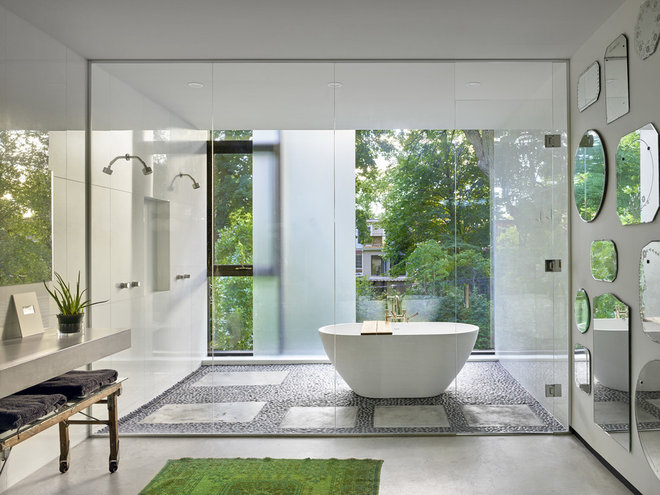 Modern Bathroom by AUDAX