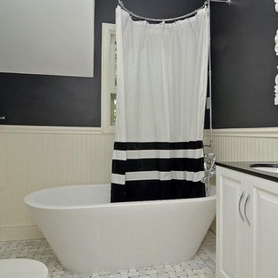 Inspiration for a modern shower curtain remodel in Minneapolis