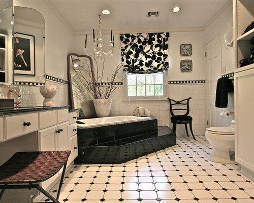 Trendy Multicolored Floor Bathroom Photo In New York