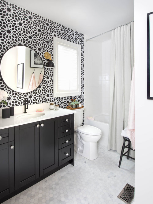 Black and white bathroom houzz for Monochrome bathroom designs