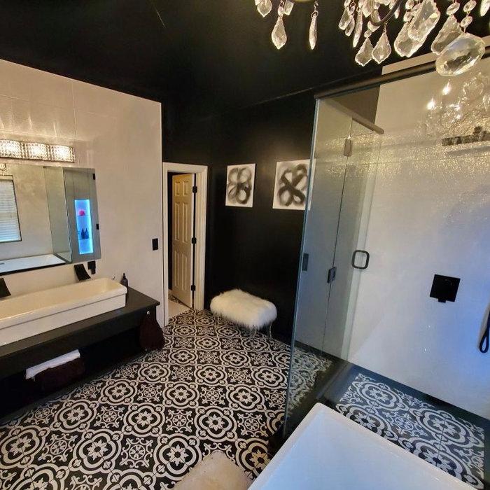 Black and White Glam- Master Bathroom