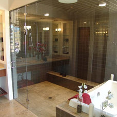 Modern Bathroom by John Kaltenbach Homes, Inc.