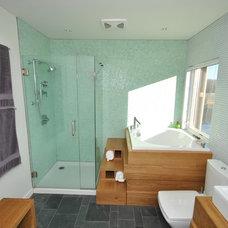 Modern Bathroom by Empire Development & Construction