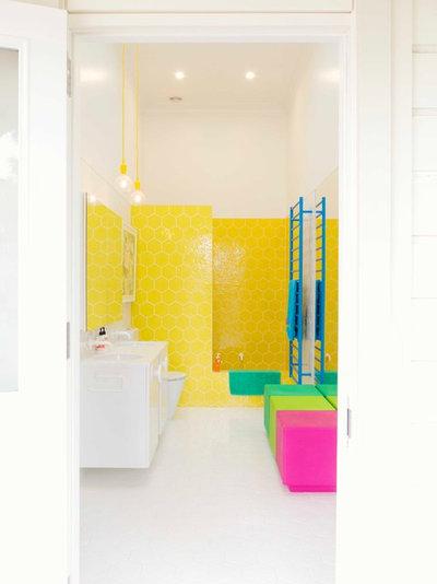 du soleil en hiver osez le jaune dans la salle de bains. Black Bedroom Furniture Sets. Home Design Ideas