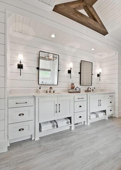 Farmhouse Bathroom by Celtic Custom Homes