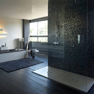 Modernes Badezimmer in Barcelona