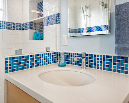 Blue bathroom ceramic tile bath design ideas pictures for Blue tile bathroom ideas