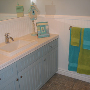 75 Most Popular Turquoise And Lime Green Bathroom Design