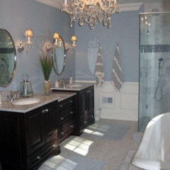 traditional bathroom by Toni Sabatino