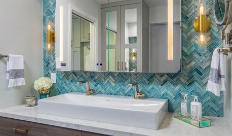 Before and After: 4 Bathroom Remodels in 91 to 102 Square Feet