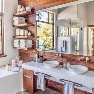 Blue River Mountain Modern Bathroom