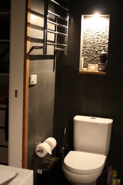 Asian Bathroom by Studio Renew