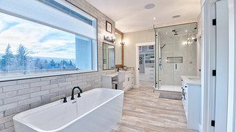 Bold Frameless Shower and Mirror Renovation