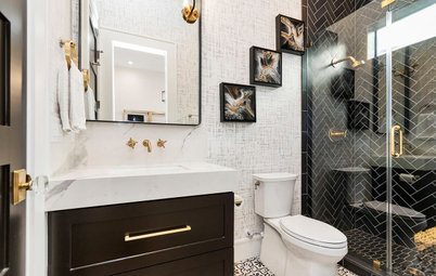 6 Small Bathrooms With Dramatic Walk-In Showers