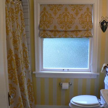 Bold patterned bath