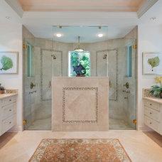 Traditional Bathroom by Harwick Homes